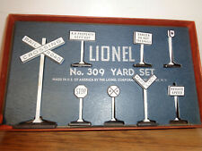 LIONEL # 309 YARD SET IN ITS ORIGINAL BOX WITH INSERT