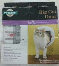 New PetSafe Big Cat Door Up To 25 Pounds Plus Sized Access Cats Or Small Dogs