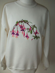 LADIES,WOMENS,CREAM ,EMBROIDERED SWEATSHIRTS,TOPS,JUMPER,WITH, A FUSCHIA FLOWER