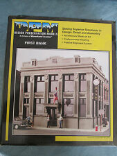 DPM HO #243-12200 First Bank (Building kit)
