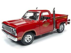 """1978 Dodge Pickup 1:18th """"L'il Red Express Truck"""" by Autoworld"""