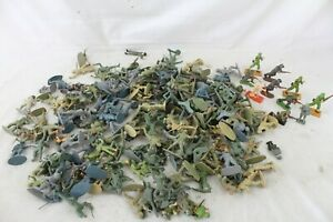 180 Vintage Army Toy Soldier Action Figure Lot Metal Plastic Britains England