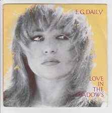 "E.G. DAILY Vinyle 45 tours SP 7"" LOVE IN THE SHADOWS - AM RECORDS 390 078 Stereo"