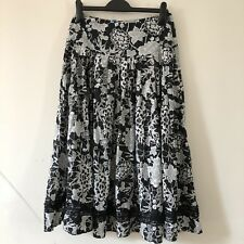 ⭐️Phase Eight Black White Floral Print A-Line Skirt Lace Sequin Trim Size 8 1822