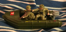 Britains Ltd Deetail Army Plastic inflatable Boat & 2 Soldiers 1:32 Scale VGC