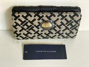 NEW! TOMMY HILFIGER BLACK / NATURAL PHONE CASE TECH CLUTCH WALLET $38 SALE
