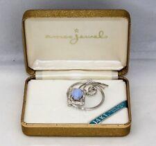 New NIB Vintage AMCO JEWELS 14k Gold Overlay Blue Cats Eye Cabochon Pin Brooch