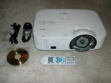 NEC NP-M260XS SHORT THROW HDMI USB LCD PROJECTOR Data/Video/HD-Ready. New Lamp!
