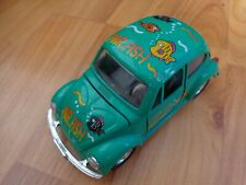 1/24 CLASSIC VOLKSWAGEN KAFER BEETLE 'MR FISH' GREEN DIECAST MODEL CAR