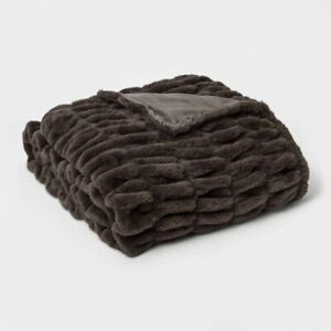 "THRESHOLD SIGNATURE Faux Fur Oversized Throw Blanket | Dark Gray | 60"" x 86"" 🆕"