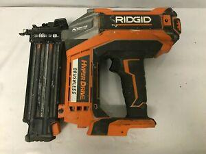 RIDGID R09890 18v 18-GAUGE CORDLESS BRUSHLESS HYPERDRIVE BRAD NAILER, F