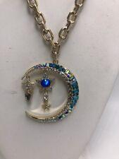 $65 BETSEY JOHNSON CELESTIAL STARLET Goldtone Moon Pendant Necklace f200EE