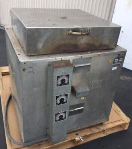 "Cress Kiln , Furnace , Heat Treat Oven , Model C-20-H , 230 V 1 Ph 17""x17x20"""