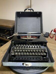 1930s Smith & Corona Portable Typewriter Black Flat Top with case