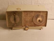 General Electric Am Clock Tube Radio C-465A