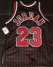 Original New Authentic  Bulls Jersey un signed Michael Jordan
