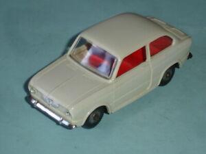 POLITOYS,N.81,FIAT 850 BERLINA,(plastica).