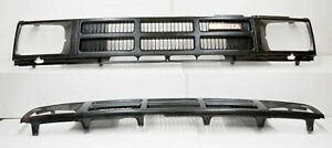 84-86 Toyota Pickup Truck 4Runner OEM Grill Black Plastic Grille 4wd 4x4 Hilux