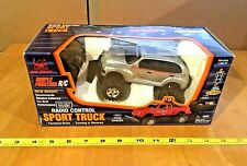New Bright PT CRUISER 1.24 scale Remote Control NIB Sealed In Wrong Package