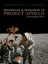 Moonshots and Snapshots of Project Apollo: A Rare Photographic History (Hardback