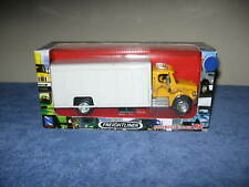 FREIGHTLINER BUSINESS CLASS M2  1:43 SCALE NEWRAY OPENING DOORS