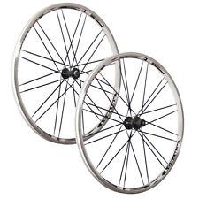 VUELTA 28 Zoll System Laufradsatz Airtec XRP weiß Messerspeichen Shimano schwarz