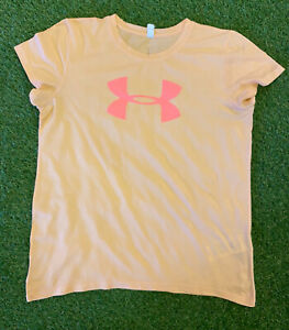 Under Armour Loose Ladies Peach Colour T-shirt Size Medium