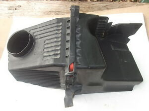 1996 - 1999 BUICK PARK AVENUE 3.8L SUPERCHARGED AIR CLEANER FILTER BOX OEM
