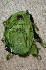 Osprey Packs Women's Mira AG 26 Hydration Pack, Small, Serene Green