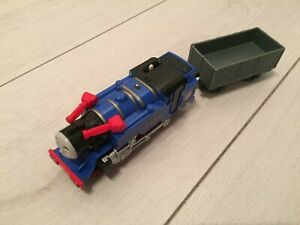 Thomas Trackmaster Belle the Fire Rescue Train & Truck, battery operated