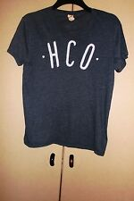 Hollister T Shirt size S.