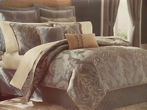 NEW CROSCILL CHANTAL MISTY BLUE 4 PIECE QUEEN  COMFORTER SET