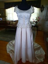 Wedding Gown Size 10 Ivory/champagne