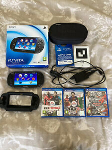 SONY PS PLAYSTATION VITA PCH 1003 CONSOLE AND GAMES BOXED IN NICE CONDITION