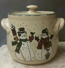 HOME & GARDEN PARTY POTTERY STONEWARE CROCK COOKIE JAR BEAN POT CASSEROLE WINTER