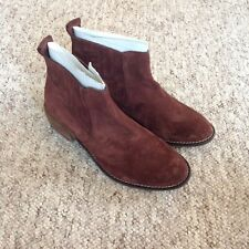 33e430c91c9d7 Riva Brown Suede Ankle Boots UK4