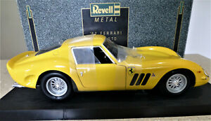 1/12 Ferrari 250 GTO in Yellow. Excellent/mint. Rare, boxed. Revell 08854