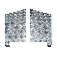 LAND ROVER DEFENDER 110 - CHEQUER PLATE REAR WING PROTECTOR - RE4071