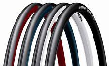 Pneus de vélo rouge Michelin