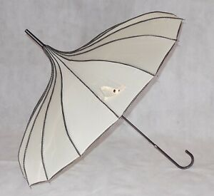 SOAKE Ladies Beige Umbrella Fashion Brolly Pagoda Shape Canopy Polka Dot Trim