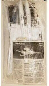 Testors Concorde Supersonic Transport Japan Model Kit