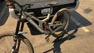 Santa Cruz v10 bike in perfection conditions or exchange for specialized dh