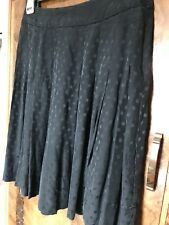 Black Flippy Spotted Silk Skirt Size 8 Designer Jacob  Knee Length Drop Waist