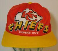 Vintage 1980s KANSAS CITY CHIEFS Spell Out NFL Football Snapback Trucker Hat USA