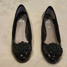 Ladies Shoes Clarks Size 4.5 Black patent