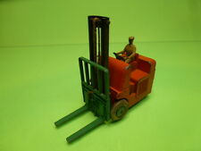 DINKY TOYS 401 COVENTRY CLIMAX FORK LIFT TRUCK - ORANGE - GOOD CONDITION