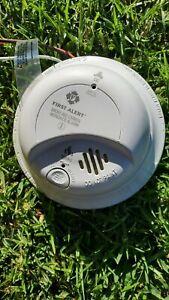 Combination smoke and carbon monoxide detector