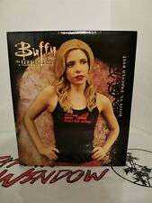 BUFFY THE VAMPIRE SLAYER VS DRACULA BUST  Gentle Giant RARE Limited Edition