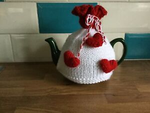 Valentine Red Hearts  Hand Knitted Tea Cosy Love your cup of tea 💕  Great Gift