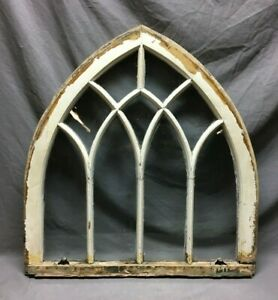 Antique Peaked Top Gothic Window 28x30 Sash White Shabby VTG Arch Chic 128-21B